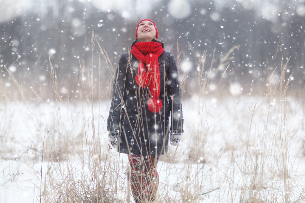 Camera tips for photographing falling snow