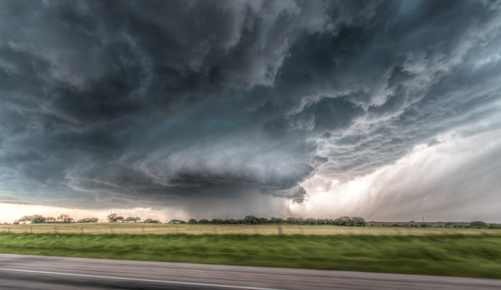how to photograph storms