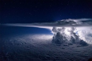 Thunderstorm photo from aircraft, SantiagoBorja